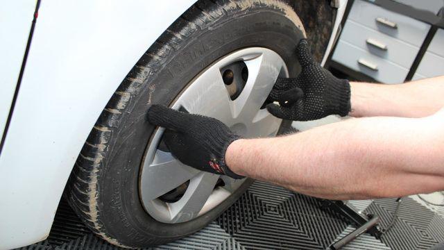 Comment changer une roue sur votre voiture?