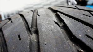 Comment contrôler l'usure des pneus ?